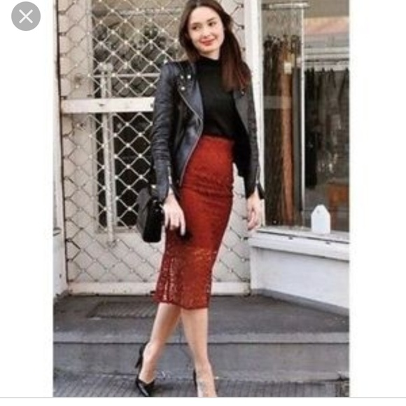 78eec41cde5bd Zara brick red lace pencil skirt blogger fave NWT